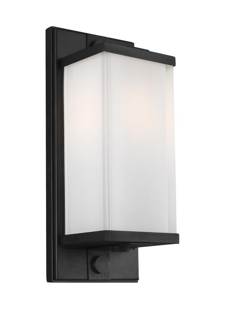 Logan 1 - Light Wall Sconce